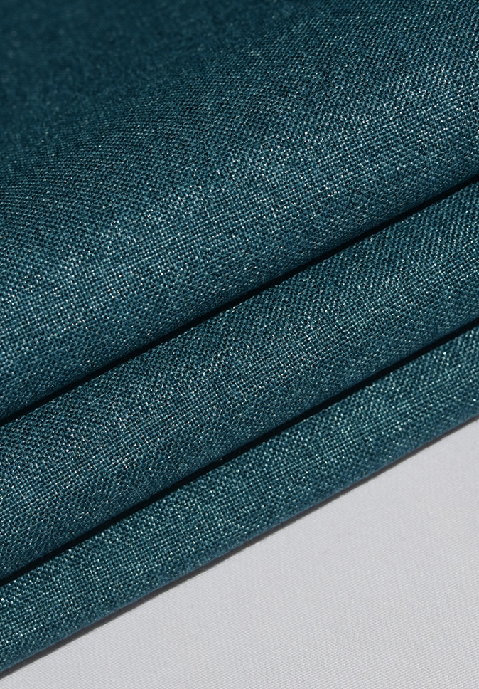 Wholesale 100% Polyester Flame Resistant Blackout Curtain Cloth Fabric For Curtain